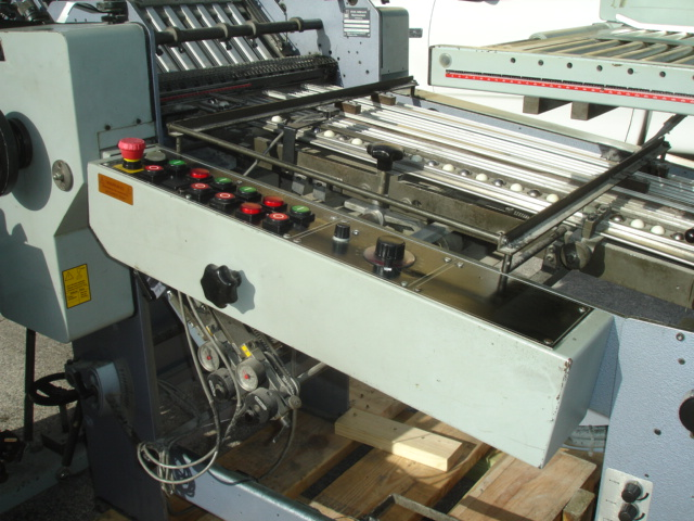 STAHL FOLDER, TYPE, R 52.2 YEAR :APPROX 1996, SN# 47888-211003 1